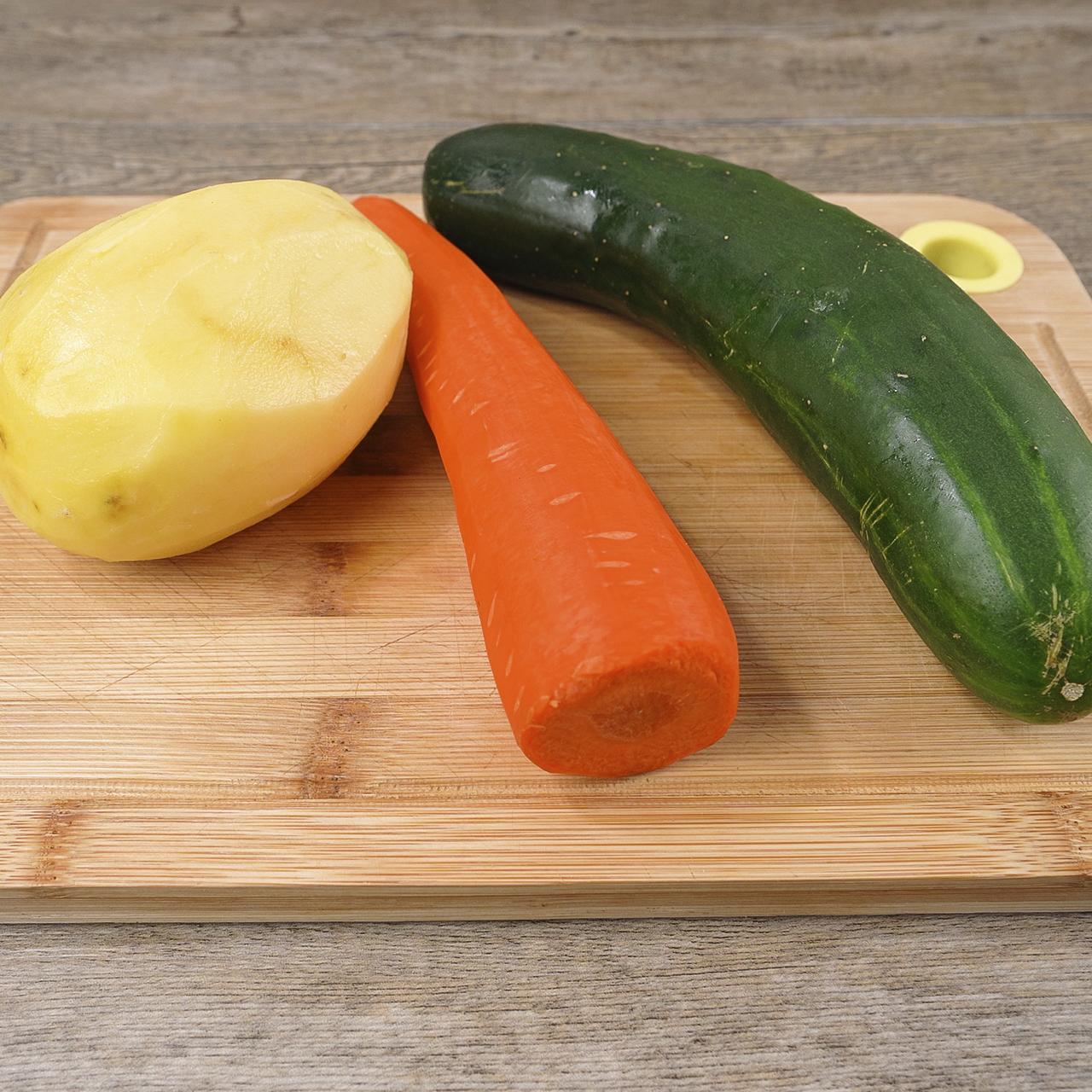 Omelete de Cenoura, Batata e Pepino Saboroso e Simples de Fazer