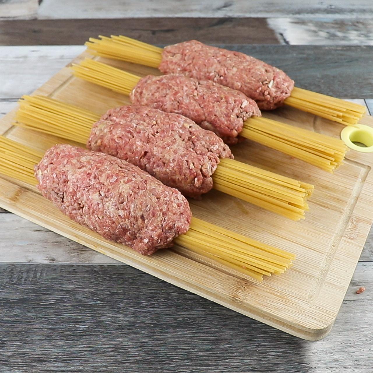 Espaguete Com Carne Moída ao Forno, Super Delicioso!