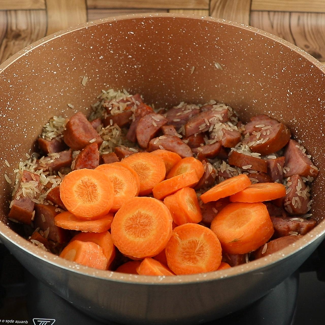 Arroz Com Linguiça, Batata e Cenoura, Receita Mais Que Deliciosa